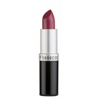 Lipstick hot pink